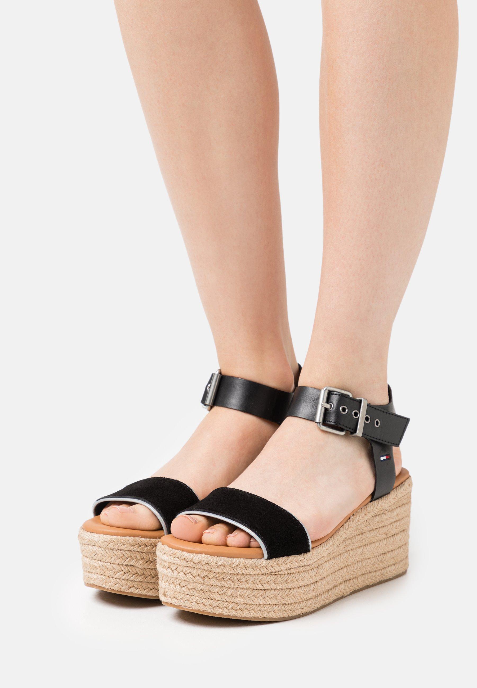 Women ESSENTIAL FLATFORM - Platform sandals