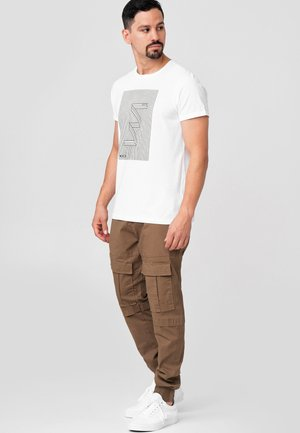 DENNIS - Cargo trousers - cub
