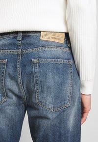 Antony Morato - SLIMBAART - Jeans Short / cowboy shorts - denim blue - 4