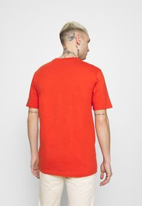 Scotch & Soda - LOGO ARTWORK  - T-shirt med print - chilli pepper - 2