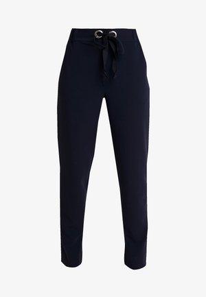AUSTIN PANT - Trousers - navy