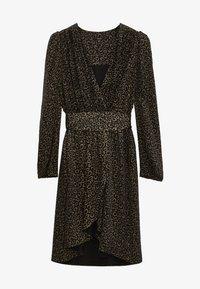 Massimo Dutti - MIT SCHULTERPOLSTERN - Day dress - black - 3