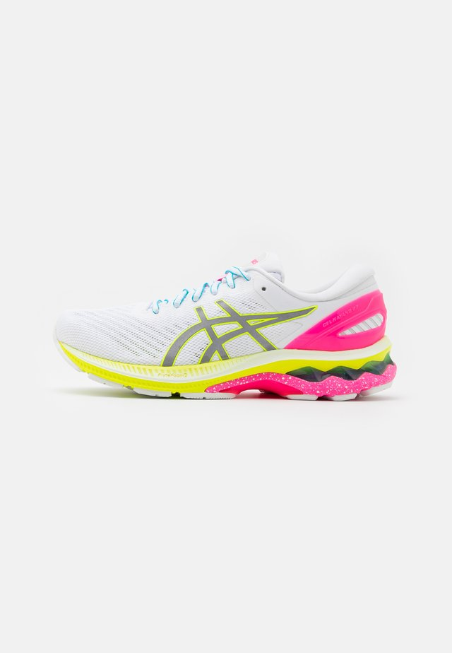 GEL-KAYANO 27 LITE-SHOW - Stabilty running shoes - white/pure silver