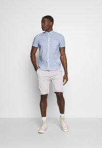 Esprit - Shorts - light grey - 1