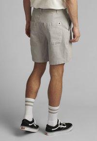 Anerkjendt - JOHN  - Shorts - glacier gray - 2