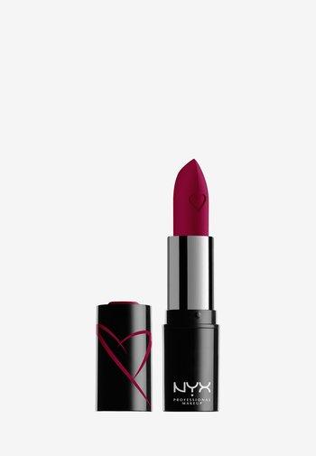SHOUT LOUD SATIN LIPSTICK - Lipstick - wife goals
