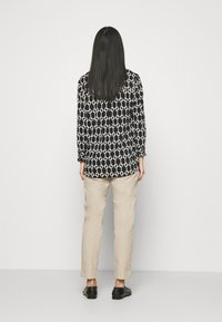 Marks & Spencer London - SMART - Chinosy - brown - 2