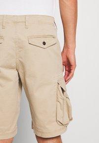 GAP - STRETCH - Shorts - iconic khaki - 5