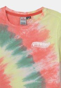 Vingino - HAJARI - Print T-shirt - beach red - 2