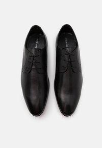 Pier One - LEATHER - Stringate eleganti - black - 3