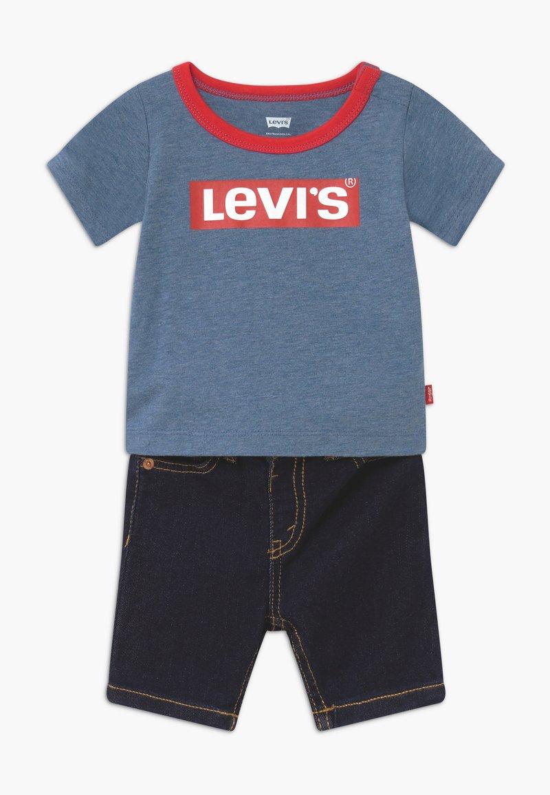 Levi's® - STRETCH SET - Short en jean - navy heather