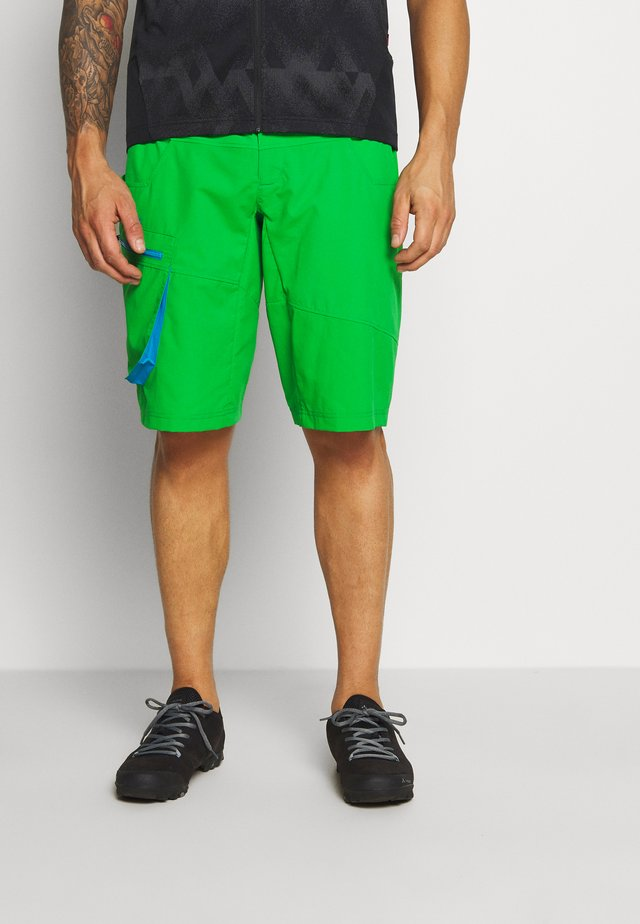 ME QIMSA SHORTS - Short de sport - apple green