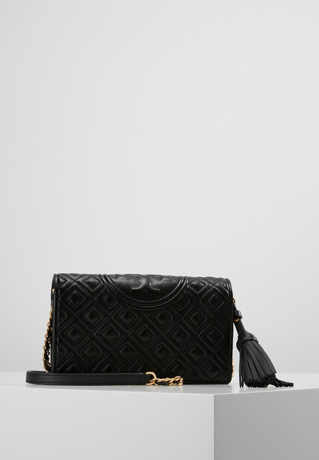 FLEMING WALLET CROSS-BODY - Lommebok - black