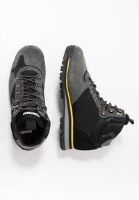 Blauer - AKRON - Lace-up ankle boots - black - 1