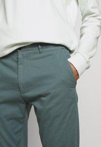 HUGO - GLEN - Chino kalhoty - dark grey - 3