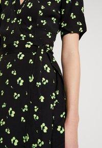 KIOMI - Maxi dress - green/black - 5