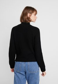 Noisy May - NMSIESTA HIGH NECK CROPPED - Neule - black - 2
