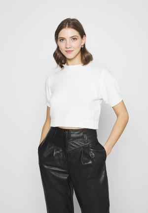 CHENILLE - Basic T-shirt - white