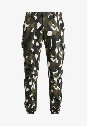 GEOMETRIC CAMO STRETCH PANTS - Cargo trousers - wood
