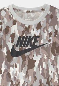 Nike Sportswear - Top sdlouhým rukávem - summit white - 2