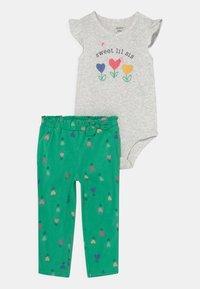Carter's - FLOWER SET - Print T-shirt - green - 0
