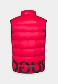HUGO - BALTINO - Waistcoat - open pink - 1