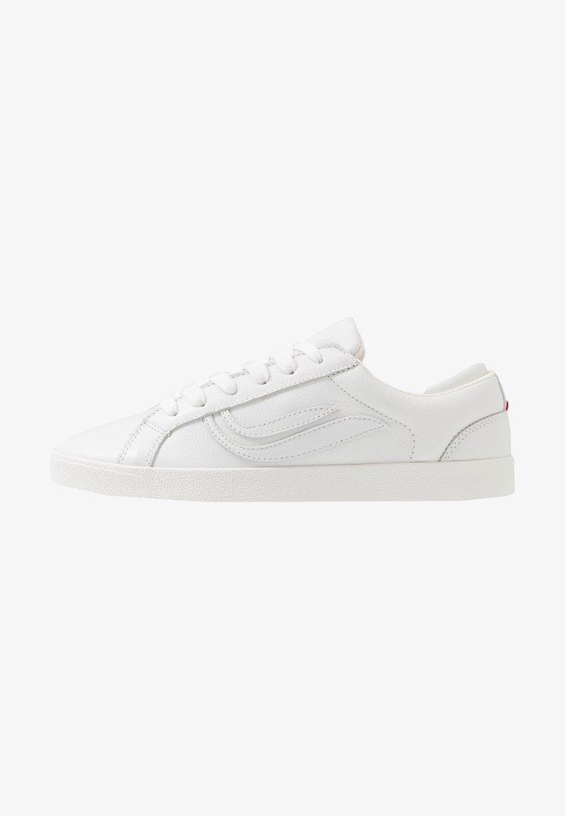 Genesis - G-HELÀ TUMBLED - Sneakers basse - white/offwhite