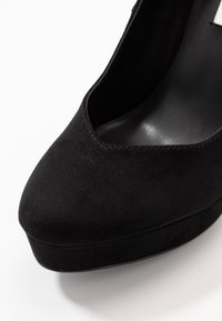 Even&Odd - Klassiska pumps - black