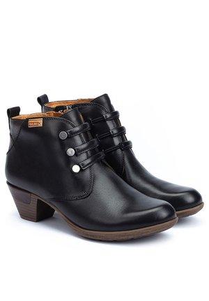 Botines - black