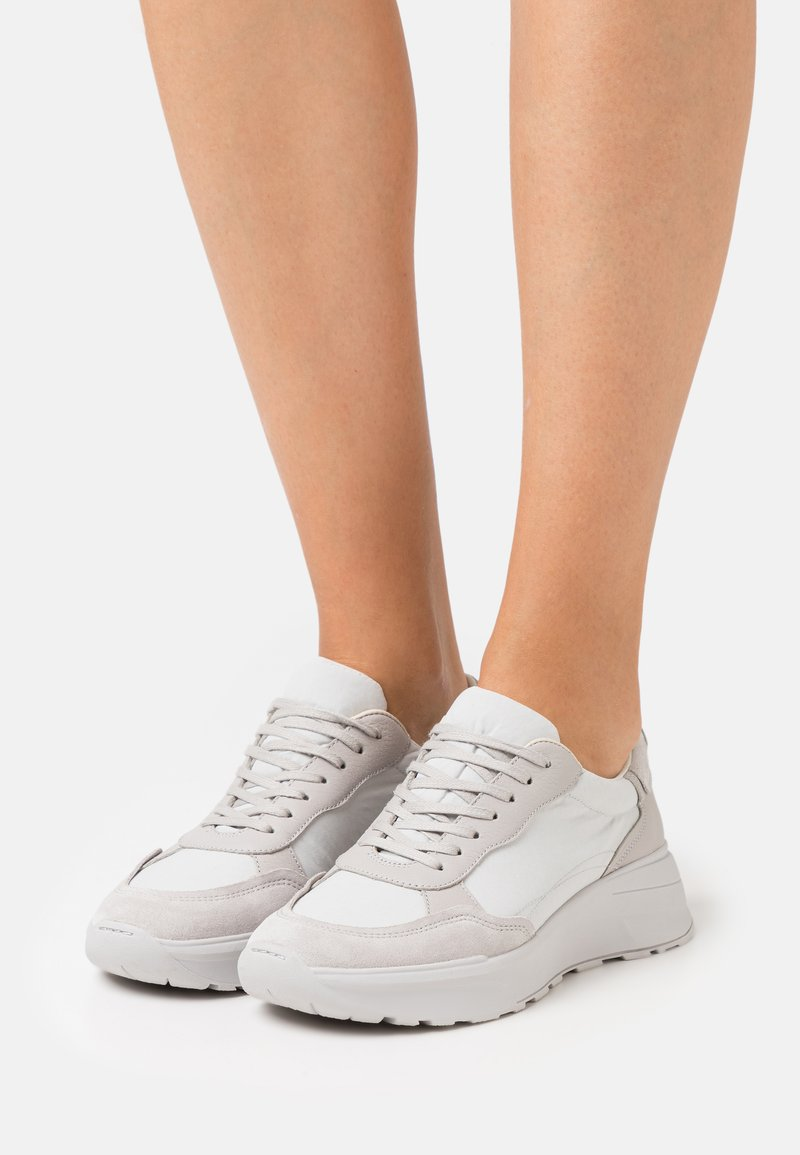 Vagabond - JANESSA - Sneakers - steel