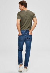 Selected Homme - Jeans straight leg - medium blue denim - 2