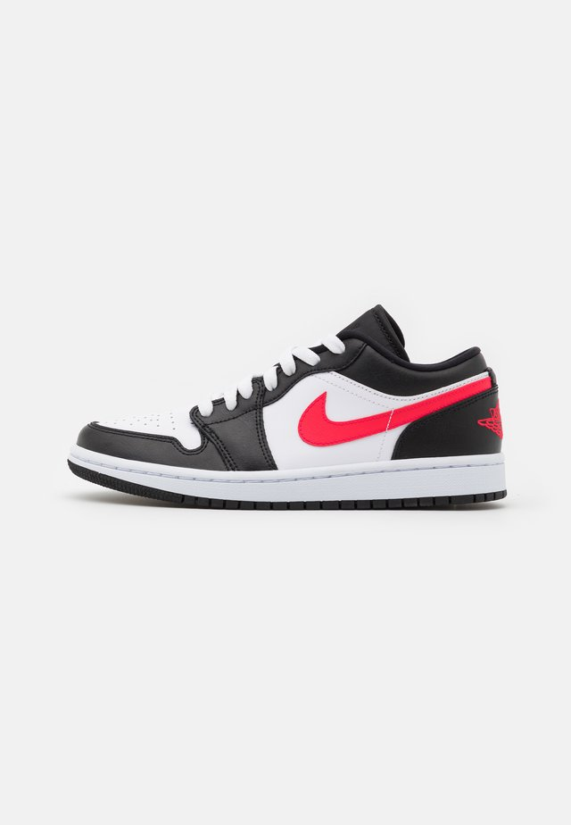 AIR 1 - Sneakers laag - black/siren red/white