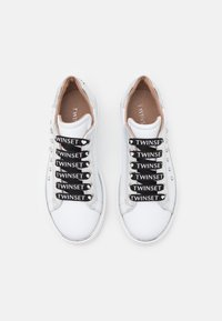 TWINSET - PEARLS - Trainers - offwhite - 3