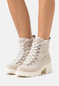 Mis Pepas - Lace-up ankle boots - hielo - 0