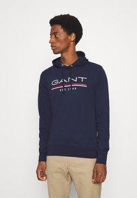 GANT - HOODIE - Sweatshirt - classic blue - 0