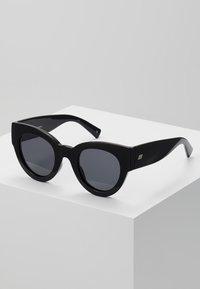 Le Specs - MATRIARCH - Sluneční brýle - black - 0