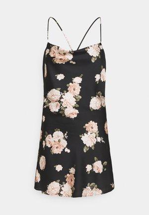 CHASE SLIP MINI DRESS - Koktejlové šaty/ šaty na párty - black