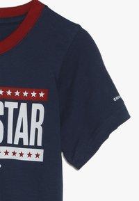 Converse - STARS AND STRIPES TEE - Print T-shirt - navy - 2
