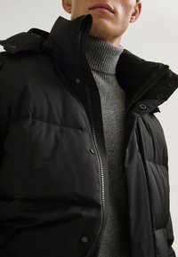 Massimo Dutti - Down coat - black - 5