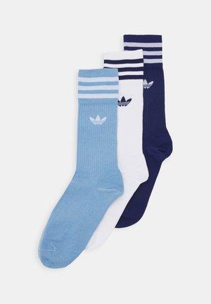 SOLID CREW SOCK 3 PACK - Socks - white/blue/dark blue