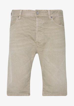 MA981B SHORT - Denim shorts - mud