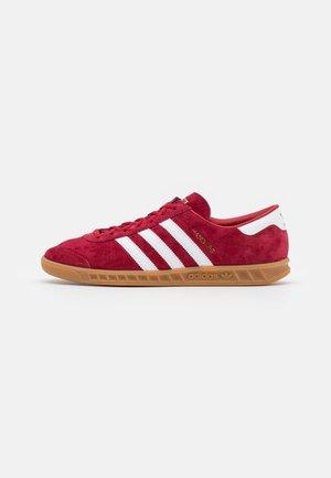 HAMBURG UNISEX - Trainers - team victory red/footwear white