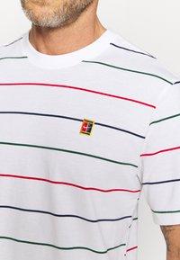Nike Performance - STRIPES TEE - Print T-shirt - white - 5