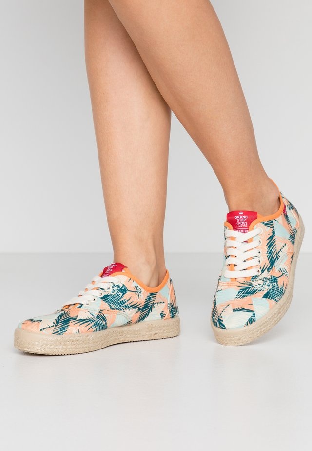 SASHA - Sneakers basse - beach