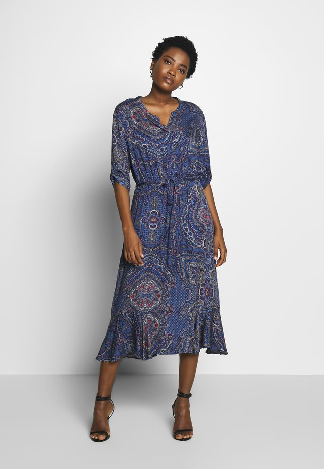 Day dress - classic blue/red