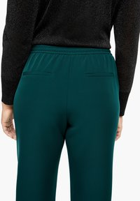Triangle - REGULAR FIT - Trousers - emerald - 4