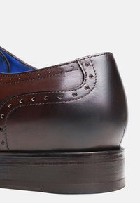 SHOEPASSION - NO. 5570 BL - Smart lace-ups - dark brown - 4