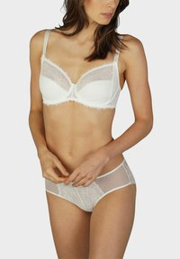 mey - SERIE FABULOUS - Underwired bra - champagner - 1