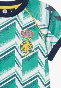 Hummel - HMLRUBEN  - Print T-shirt - everglade - 3