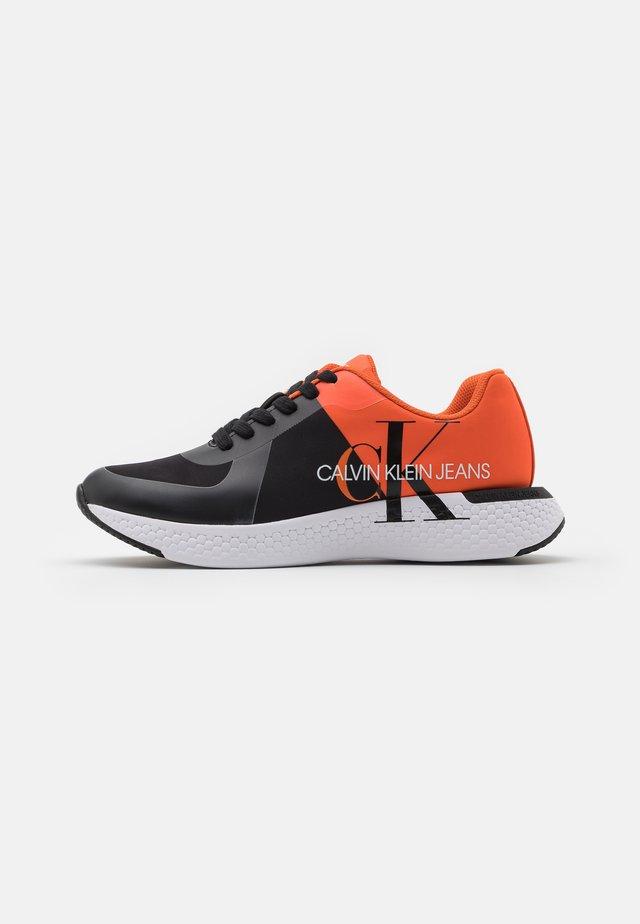 ANGIOLO - Trainers - black/mandarin orange